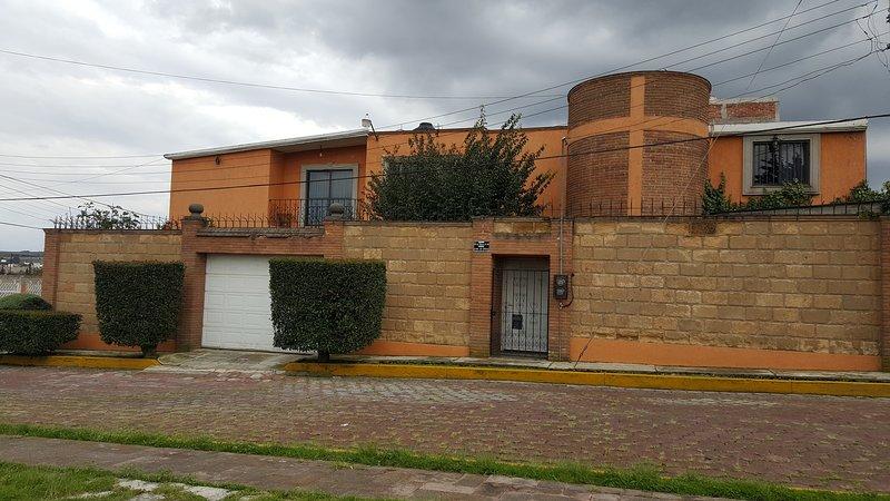 Almoloya De Juarez Casa Colonial, holiday rental in Almoloya de Juarez