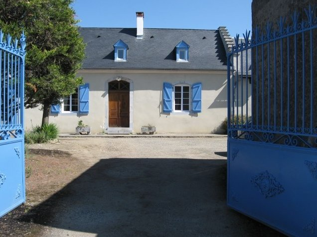 Amazing house with garden & terrace, holiday rental in Pouyastruc