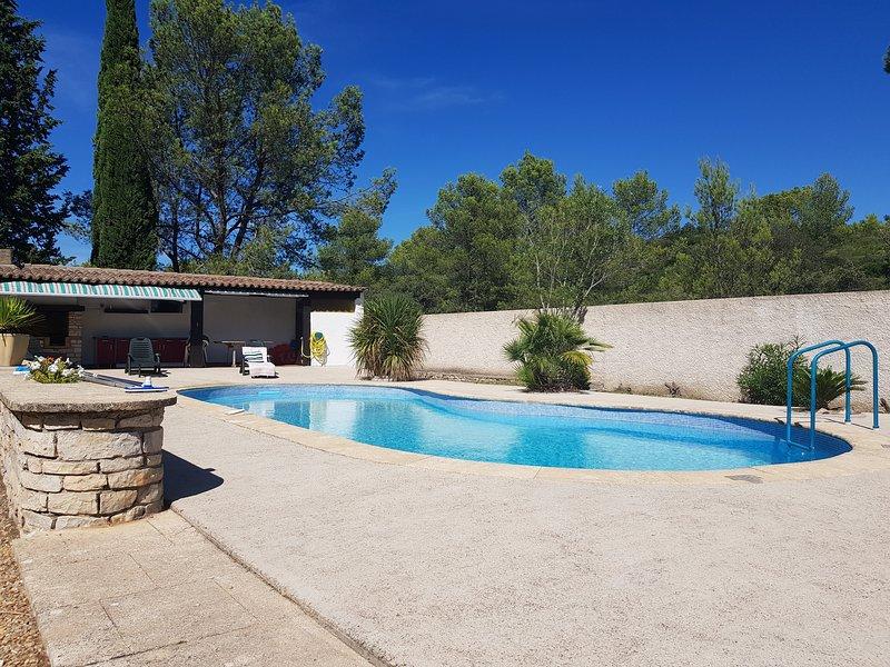 Suite En pleine Nature à Nîmes avec Piscine, location de vacances à Saint-Gervasy