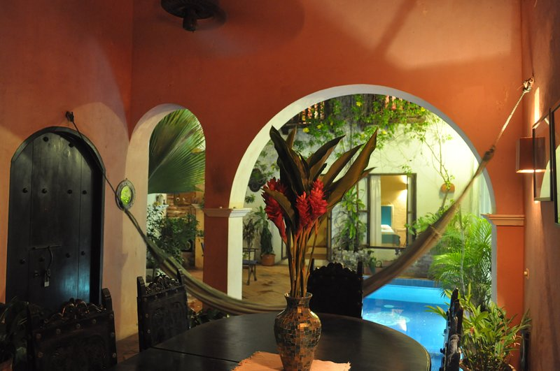 Vacation/work in Cartagena: Colonial with Pool for Family/Work during COVID, vacation rental in Cartagena