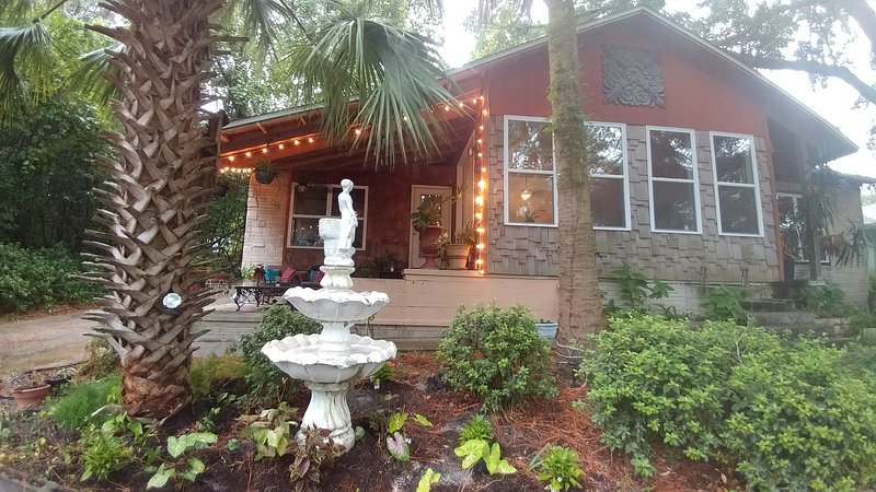 Private Waterfront within Mins of Everything!, vacation rental in Panama City
