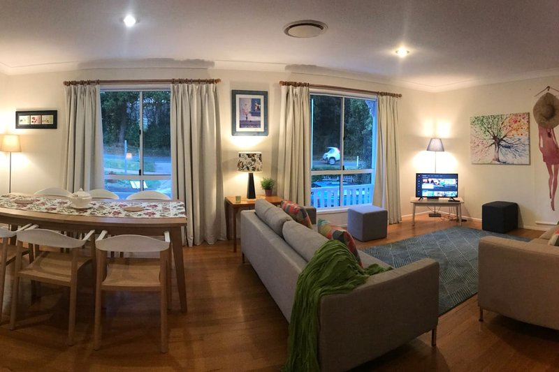 Best location on the mountain! Villa Alessandra 2 minutes from Gallery Walk., alquiler de vacaciones en Canungra