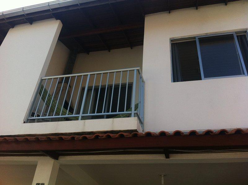 Aluguel apartamento praia da armação, vacation rental in Pantano do Sul