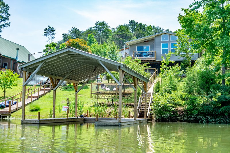 Private covered boat dock available April to October