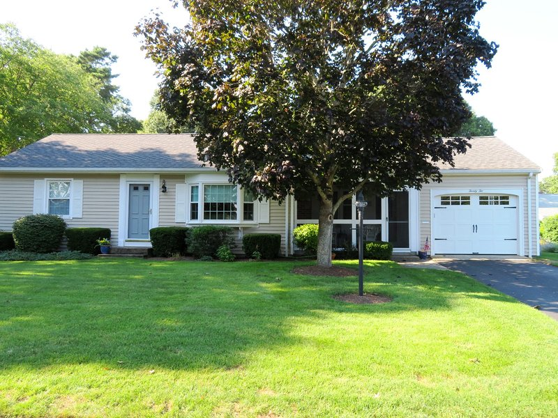 Welcome to 'Beachin' It'! 3 bedrooms - 22 Muscovy Lane West Yarmouth Cape Cod - New England Vacation Rentals
