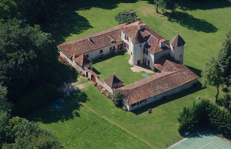 Manoir de Plagué, vacation rental in Notre-Dame-de-Sanilhac