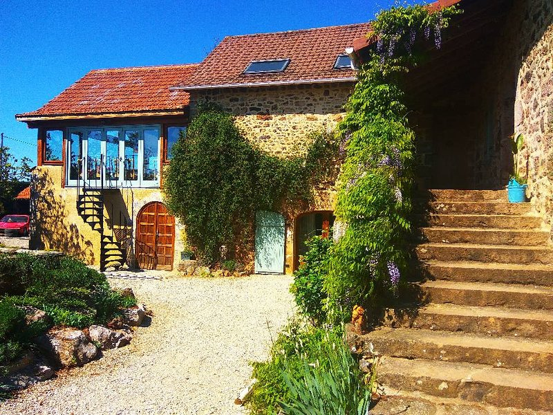 Le Old Tobacco Barn gite. Cosy country retreat., vacation rental in La Fouillade