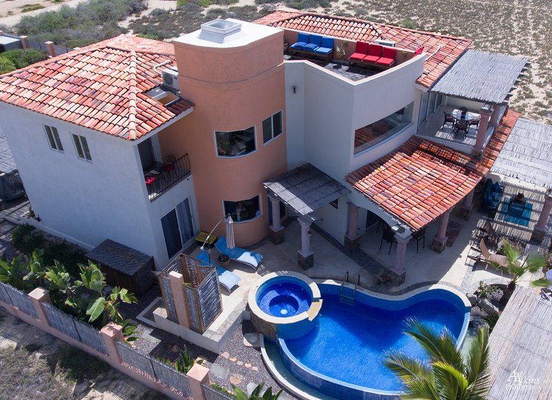Private Oceanfront Villa on the Pacific Coast, vacation rental in Todos Santos