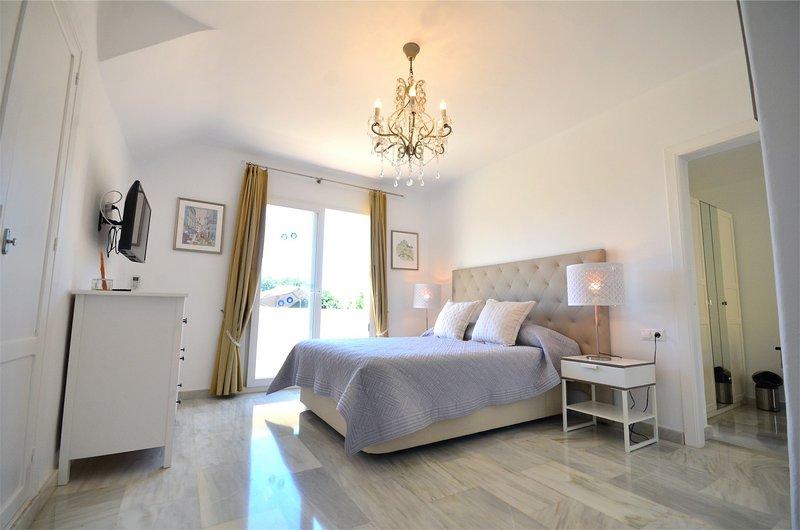 Villa Casa Lirios, holiday rental in Llano del Beal