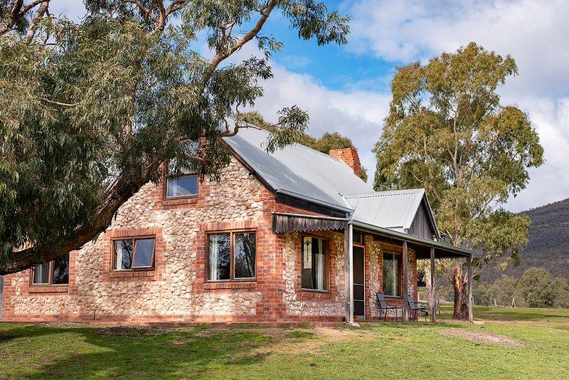 Stone Cottage, Ferienwohnung in Halls Gap