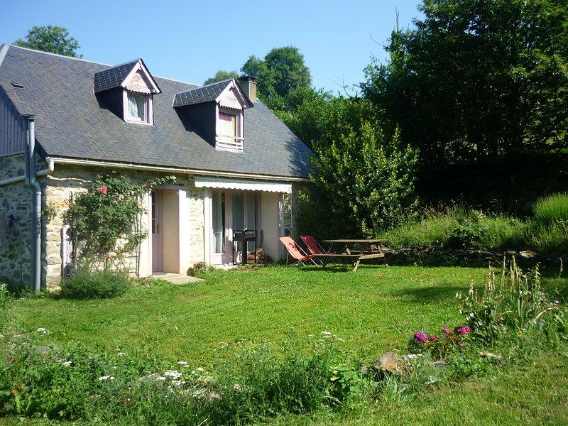 Gîte 4/5pers 'La Grange de la Hulotte' et Atelier de Méditation., location de vacances à La Barthe-de-Neste