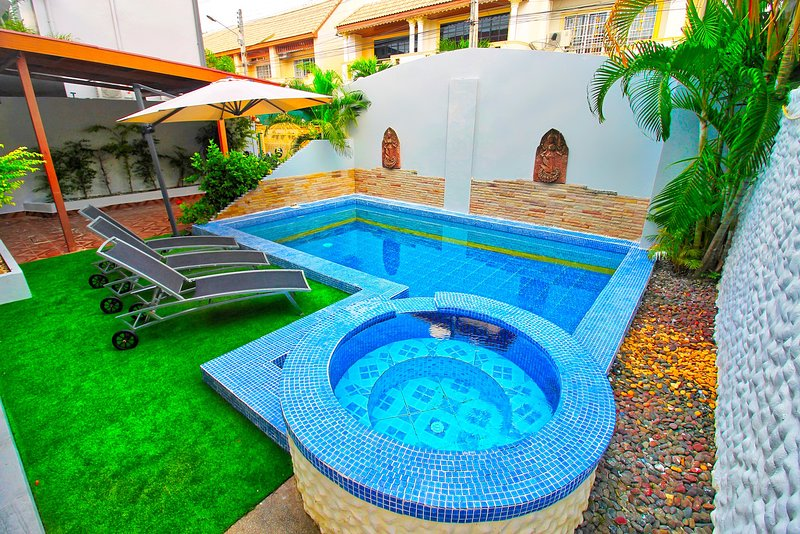 Villa with salt water pool