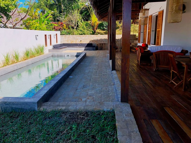 MAISON LOCATION ANDILANA NOSY BE VILLA BAMBOU, holiday rental in Andilana