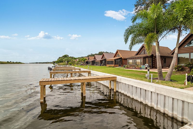 Lake 'O' Waterfront Private Community, holiday rental in Okeechobee