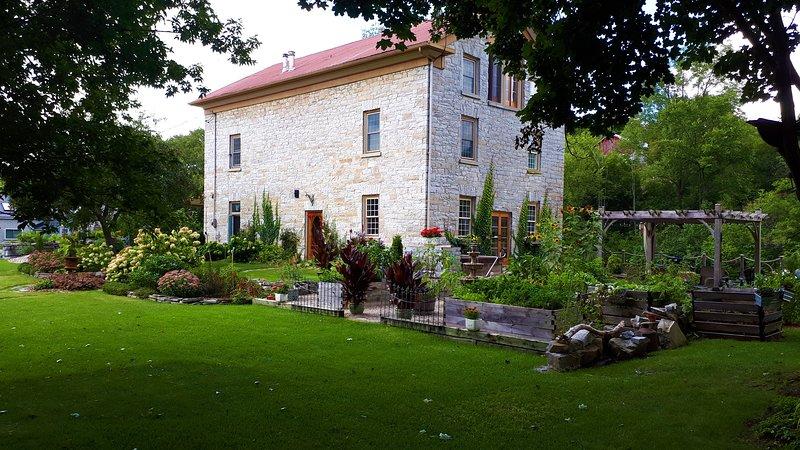 Nuestra Isla Mill Getaway. Nuestro pequeño paraíso que le invitamos a experimentar.