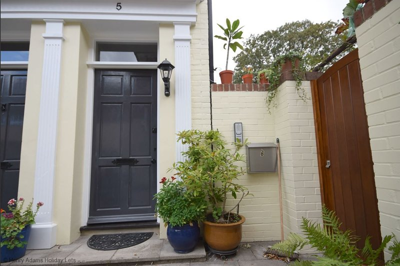 East Row Mews, Chichester, vacation rental in Chichester