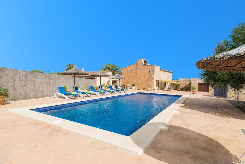 SA PUNTA (SA PUNTA BERTUMINS) - Villa for 6 people in Ses Salines, casa vacanza a Ses Salines