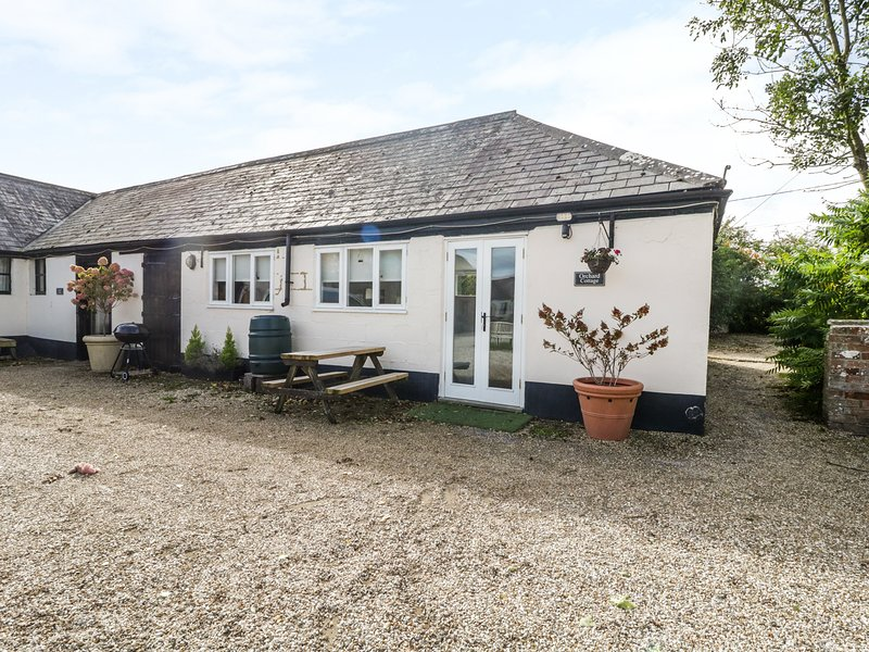 Orchard Cottage, open-plan, all ground floor, near Shaftesbury, location de vacances à Bedchester