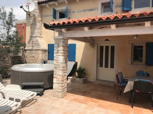 House 10823, holiday rental in Pavicini