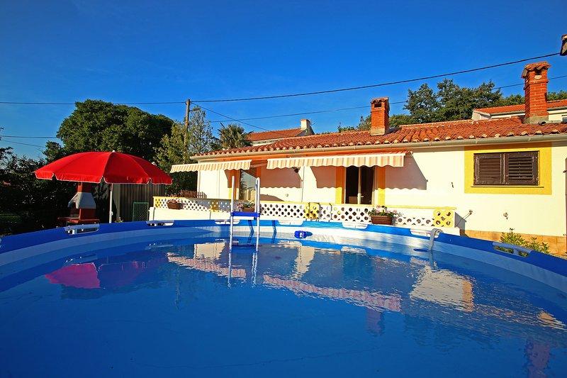 House 12557, location de vacances à Strmac