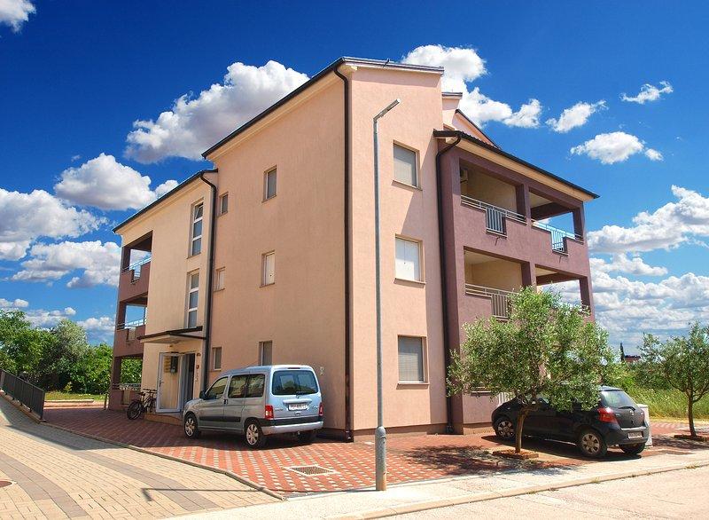 Apartment 12854, holiday rental in Peroj