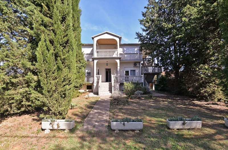 Apartment 16821, holiday rental in Stinjan