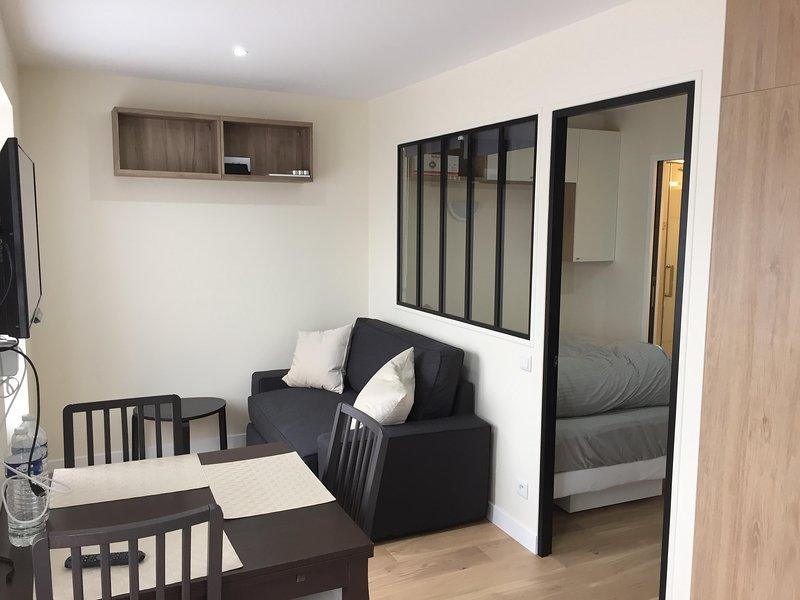 appartement 2 pièces neuf, location de vacances à Versailles
