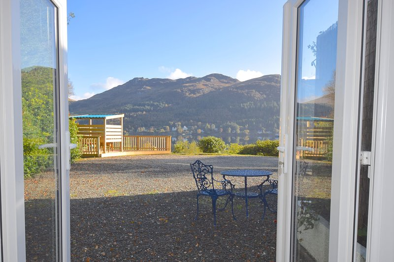 Bowater Cottage - 1 bedroom property with loch view, aluguéis de temporada em Arrochar