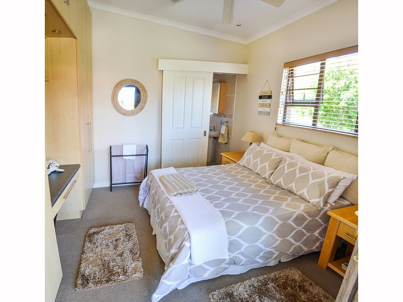 The River House Addo (Relaxed Room), holiday rental in Sundays River Valley