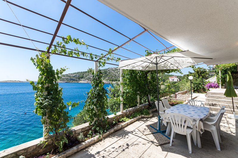 Villa Ana, vacation rental in Razanj
