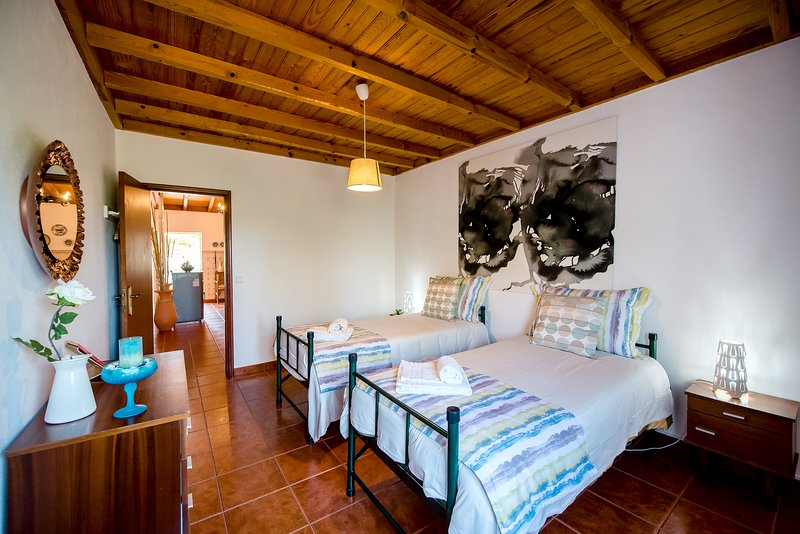 Vale do Grou Natura - Quarto 3, holiday rental in Carvalhal