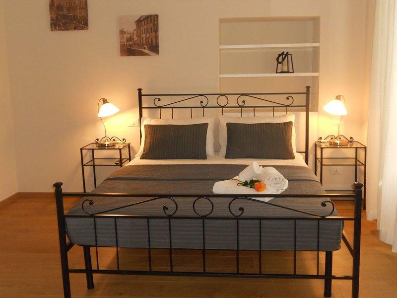 Appartamento URANIA - LE MUSE, centralissimo ed elegante, holiday rental in Pietrasanta