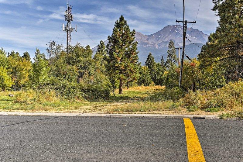 Vieni a provare la Cascade Mountain Range con praticità!