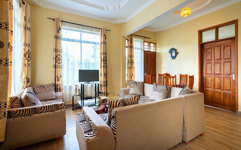 RAYAN ARUSHA APARTMENTS(3): THE 2 BEDROOMS FLAT, location de vacances à Région d'Arusha