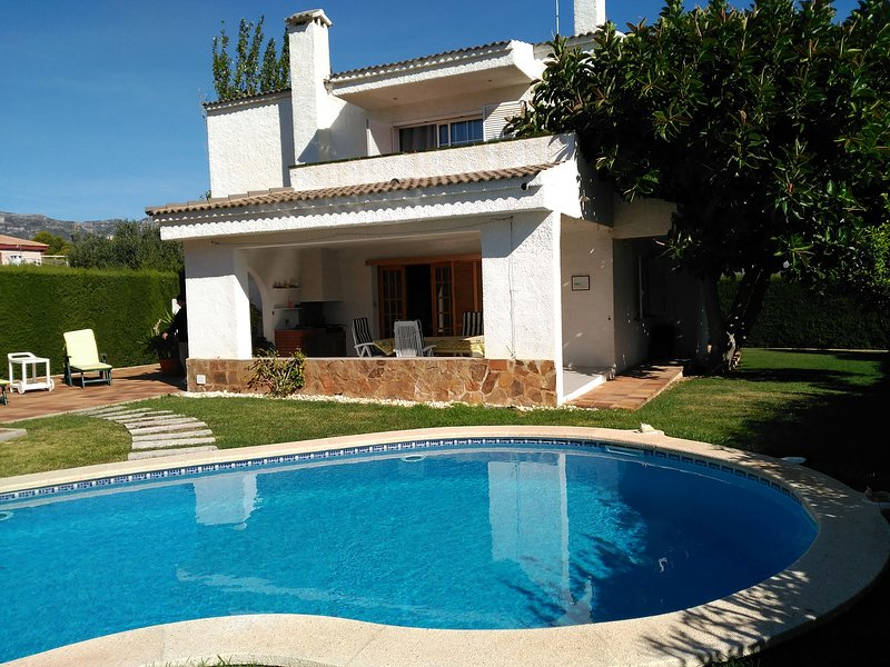 VILLA SUEÑO, vacation rental in Calafat