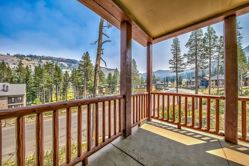 Timber Ridge 3Br Condo – for Kirkwood Adventures, holiday rental in Bear Valley