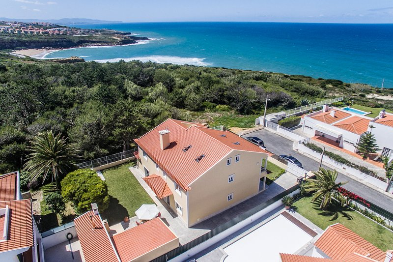 Paco das Ilhas Villa Sleeps 12 with Pool - 5680646, holiday rental in Silveira