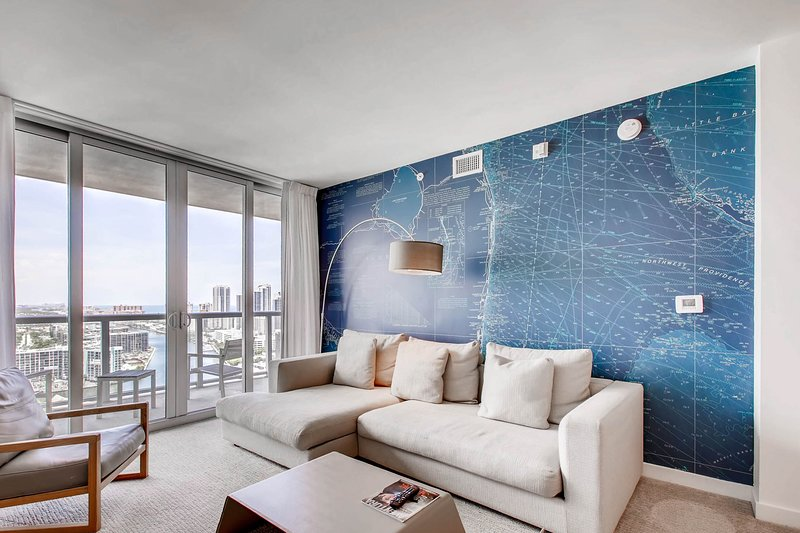 MIA.BW 507 - Luxury Apartment Two Bedrooms, holiday rental in Hallandale Beach