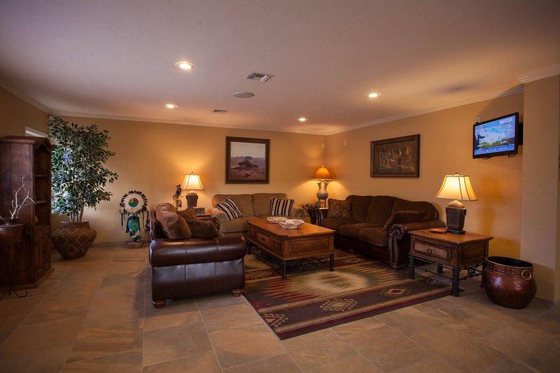 Mountain view Golf Resort 1 bedroom w/ 2 outdoor pools, hot tub & tennis court, vacation rental in Flagstaff