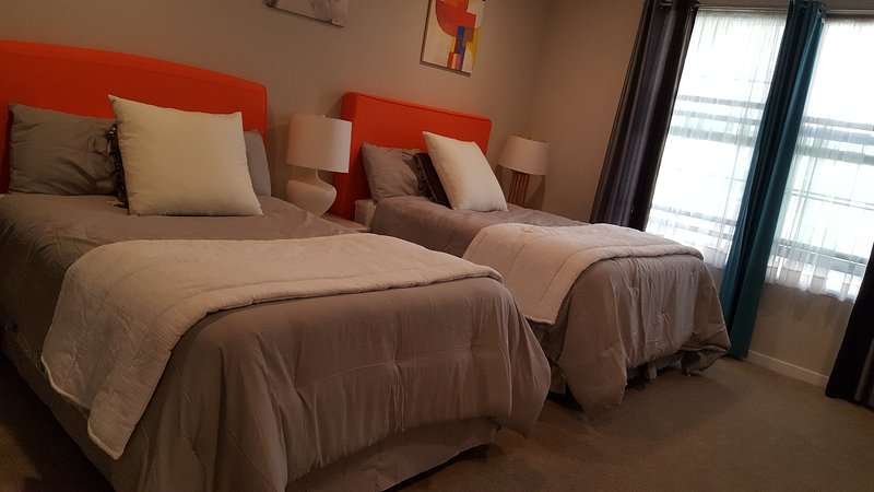 Lovely Master Bedroom in N. San Jose  北聖何西寬敞整洁豪华大套房, location de vacances à San Jose