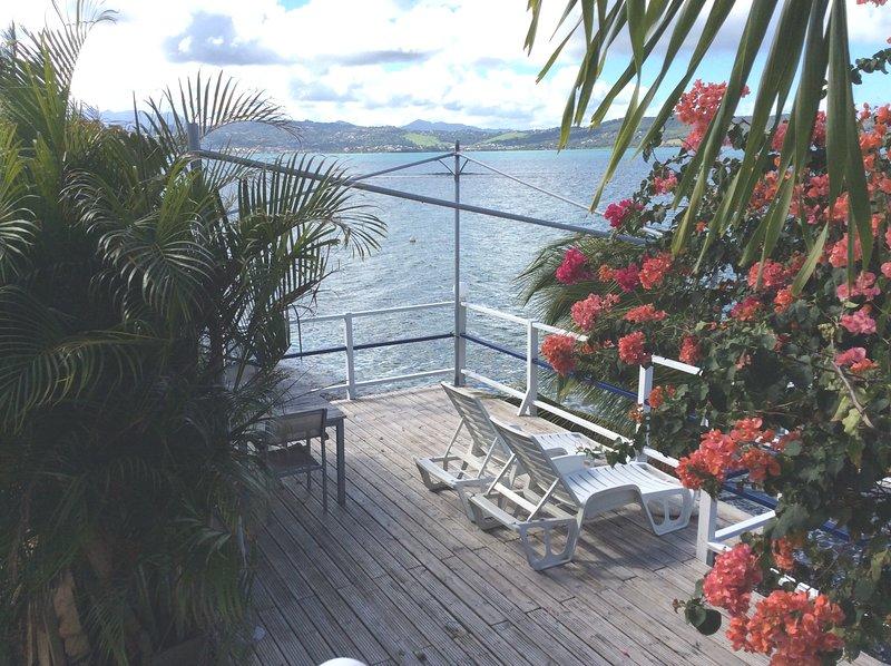 Beautiful apt with sea view & Wifi, location de vacances à Le Robert