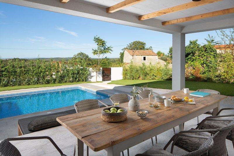 Villa E - Stunning Villa in Istria, Croatia, holiday rental in Petrovija