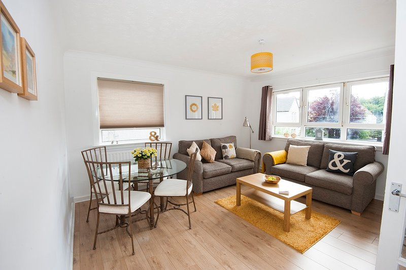 Snug - Faodail Apartment, holiday rental in Rosneath