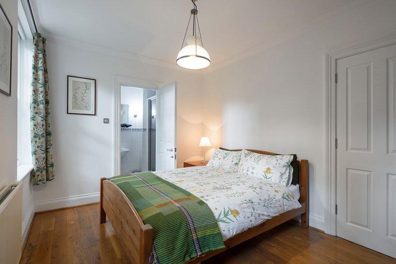 Suite 2 chambres + salle de bain dort 1-5 parking central London
