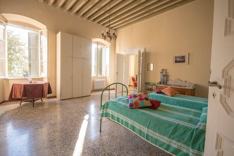 Palazzo Masetti de Concina, charming house in S. Daniele Del Friuli, vacation rental in Travesio