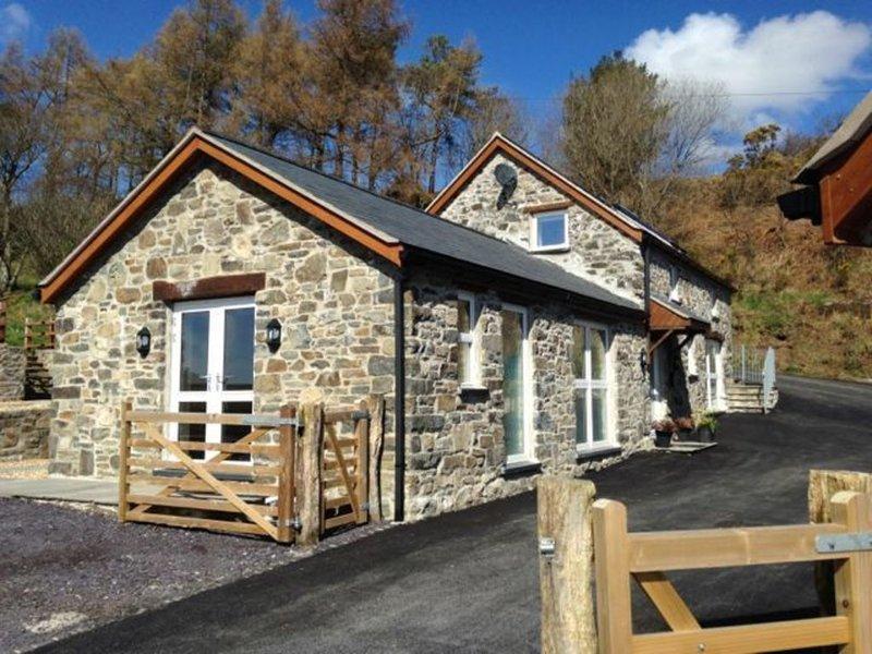 Bwthyn Clychau'r Gog, holiday rental in Pentre-Llyn-Cymmer