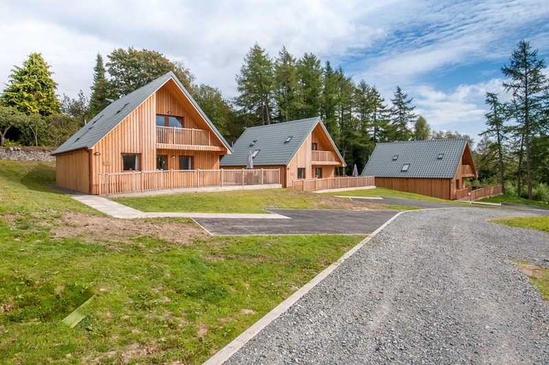 Lord Galloway 34 with Hot Tub, Newton Stewart, vacation rental in Newton Stewart