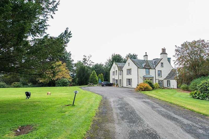 Rossie Ochil House near Perth, Perthshire, location de vacances à Dunning