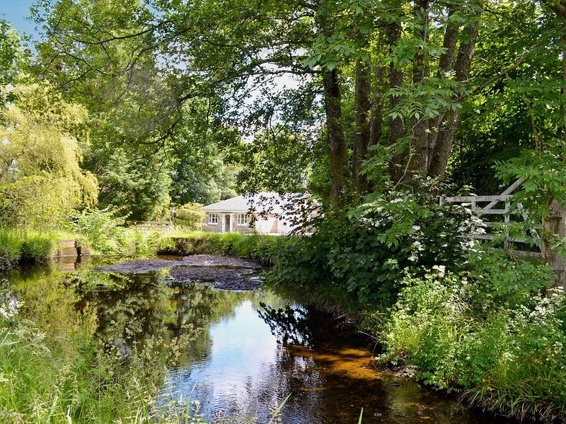 Burnbeag Cottage, holiday rental in Langbank