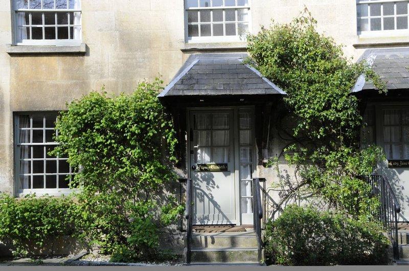 Princess Elizabeth; Sudeley Castle, Cotswolds - Sleeps 4, Sudeley Castle, Cotswo, vacation rental in Toddington